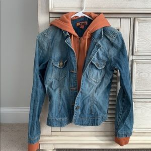 Young women's  jean jacket